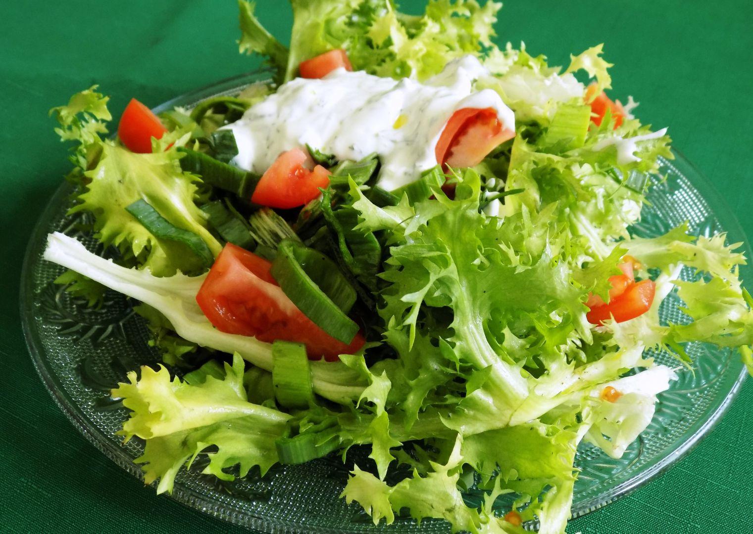 Hlávkový salát s pórkem recept