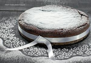 Tmavý čokoládový koláč