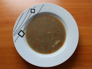 Domácí čočková polévka