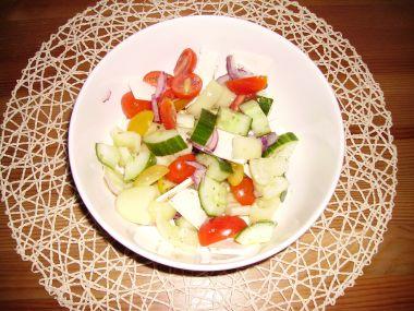 Salát jako z bulharské riviery