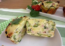 Cuketovo-bramborové muffiny se sýrem a slaninou recept ...