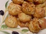 Třísýrové bobky recept