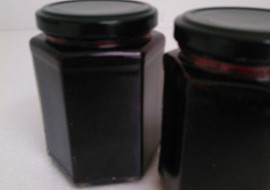 Ostružinová marmeláda s Amarettem recept