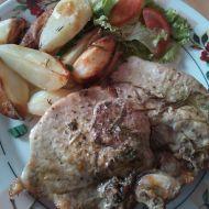 Vepřové kotlety s opečeným bramborem recept