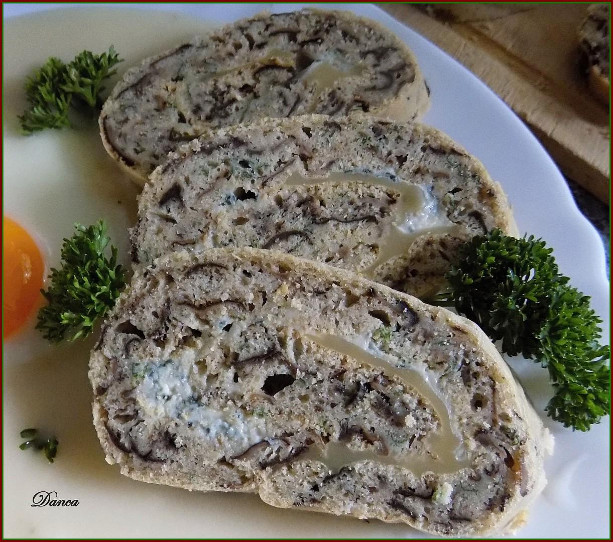 Houbová roláda jako příloha i samostatné jídlo recept