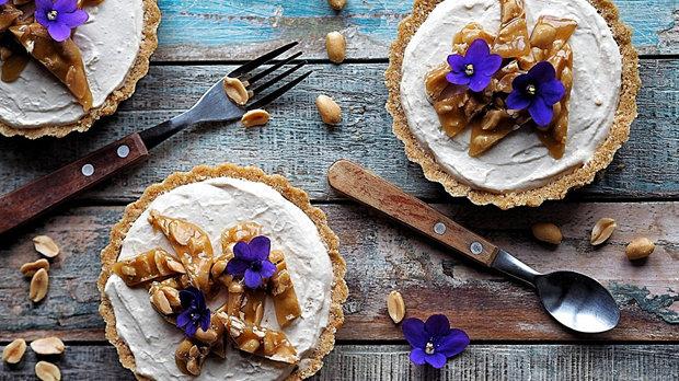 Nepečené tartaletky s arašídovým máslem