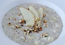 Ovesná kaše s jablky, skořicí a ořechy recept