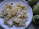 Sýrové brambory s hruškou recept