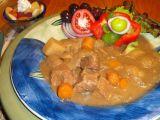 Hovězí Stew s oblohou recept