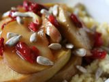 Jáhlová kaše s dušenými jablky a goji recept