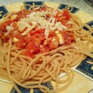 Špagety s rajčaty a mozzarellou recept