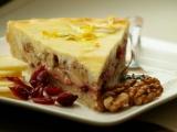 Jablečný koláč s brusinkami a ořechy recept
