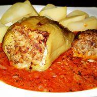 Pečené plněné papriky v Sugo di pomodoro recept
