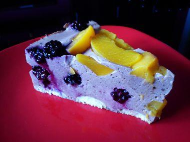 Letní tvarohovo-ovocný dort
