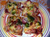 Toast s brokolicí a se sýrem recept