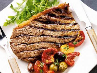 Recept Hovězí steak na cibulce
