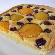 Domácí mandlový koláč s ovocem recept