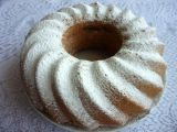 Šlehačková bábovka s ledovými kaštany recept