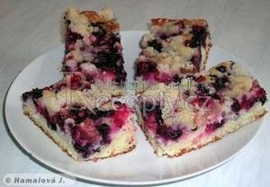 Xtý jogurtový koláč s ovocem a drobenkou