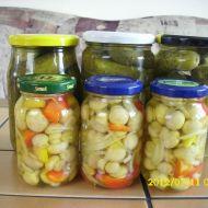 Lak na okurky, houby, zeleninu recept