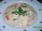Zahuštěná kuřecí polévka se smetanou a domácími nudlemi recept ...