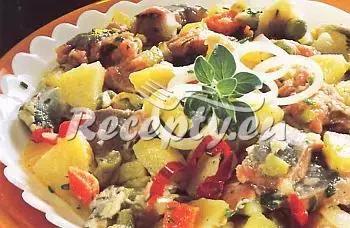 Salát z uzeného masa recept  uzené maso