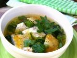 Brokolicová polévka s medvědím česnekem a krupkovou omeletou ...