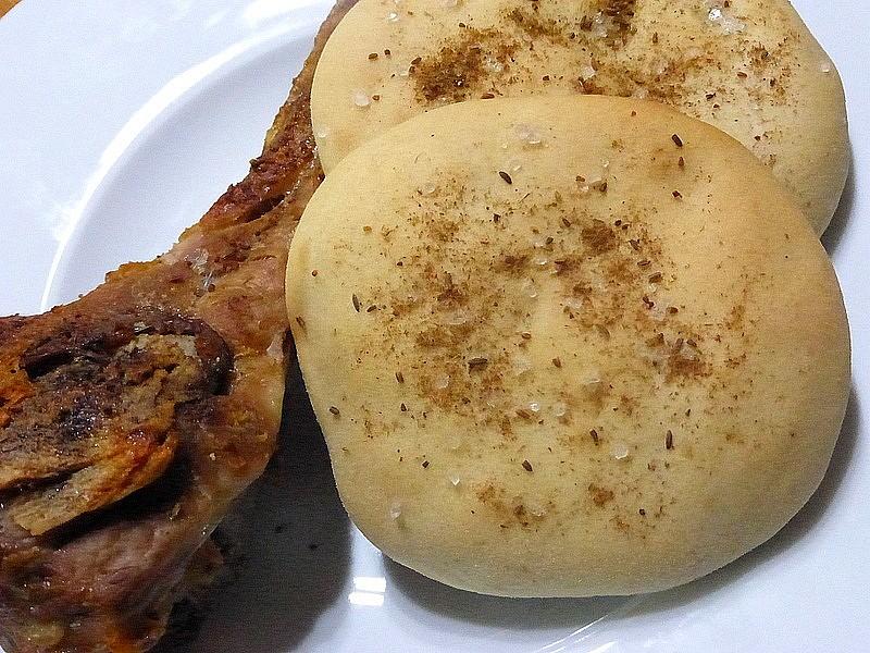 Rychlé přílohové pšenično-žitné placky recept