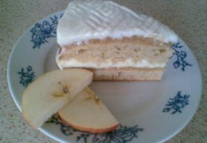 Jablečný dort s vaječným likérem