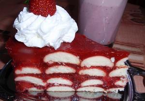 Jahodový dort nebo řezy  nepečený