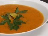 Ostrá cuketová curry polévka recept