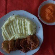Kuřecí rarášci s bramborovou kaší a mrkvový salátek recept
