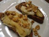 Bruschette s pecorinem a vlašskými ořechy recept
