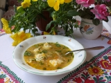 Silná slepičí polévka s Magdalenčinými nočky recept