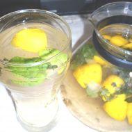 Osvěžující mátová citronáda recept