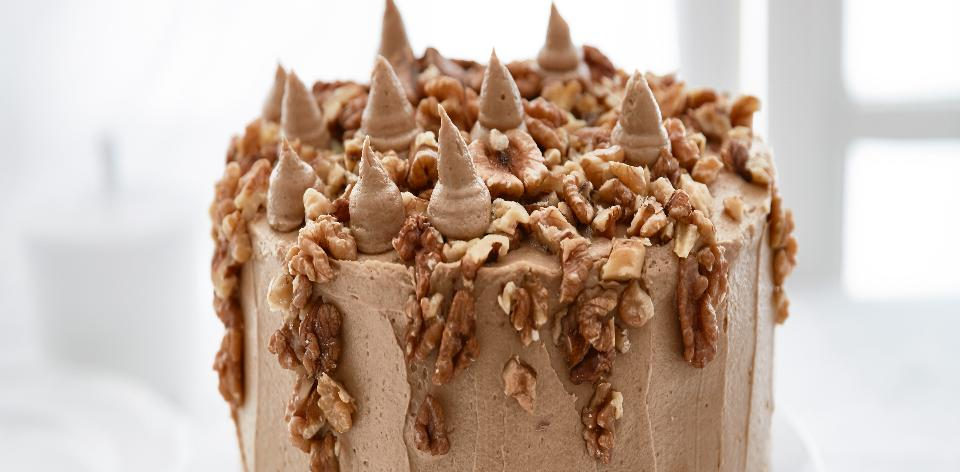 Ořechový dort s kávovým krémem