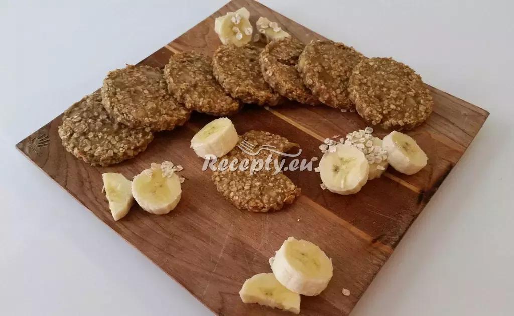 Banánovo ovesné sušenky recept  nejen vánoční cukroví  Recepty ...