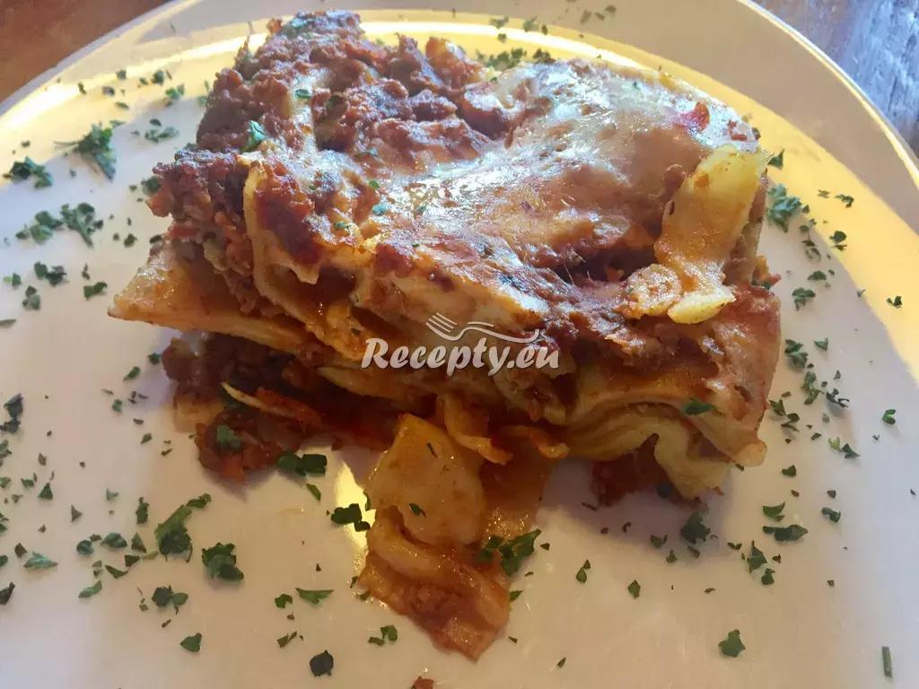 Luxusní boloňské lasagne recept  těstoviny