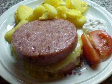 Luncheon meat zapečený se sýrem a vejci