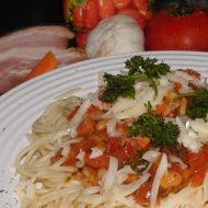 Špagety s fazolemi a slaninou recept