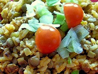 Pikantní čočka s rýží