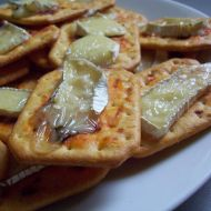 Jednohubky s camembertem recept