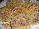 Závin z bramborového těsta plněný masem recept