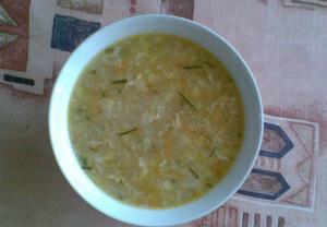 Kedlubnová krupicová polévka
