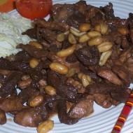Maso tří barev s arašídy recept