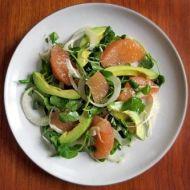Anglický salát s banánem a grapefruitem recept