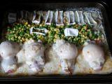 Zapékané bramborové plátky s kuřecími prsy se slaninou, plátky ...