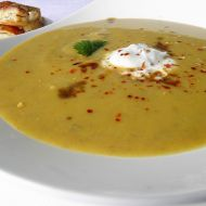 Batátovo-čočková polévka se zázvorem recept