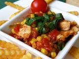 Kuřecí nudličky s kukuřicí a rajčaty recept