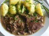 Vařené hovězí na hříbkách recept